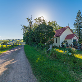 Comboyne Country Charm By Matt Cramer